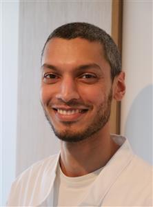 Dr Reyhan Amode