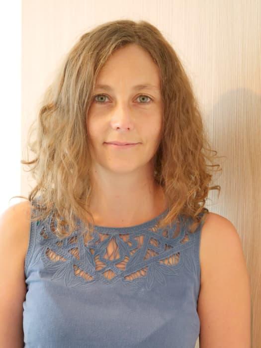 Dr Anne Laurain